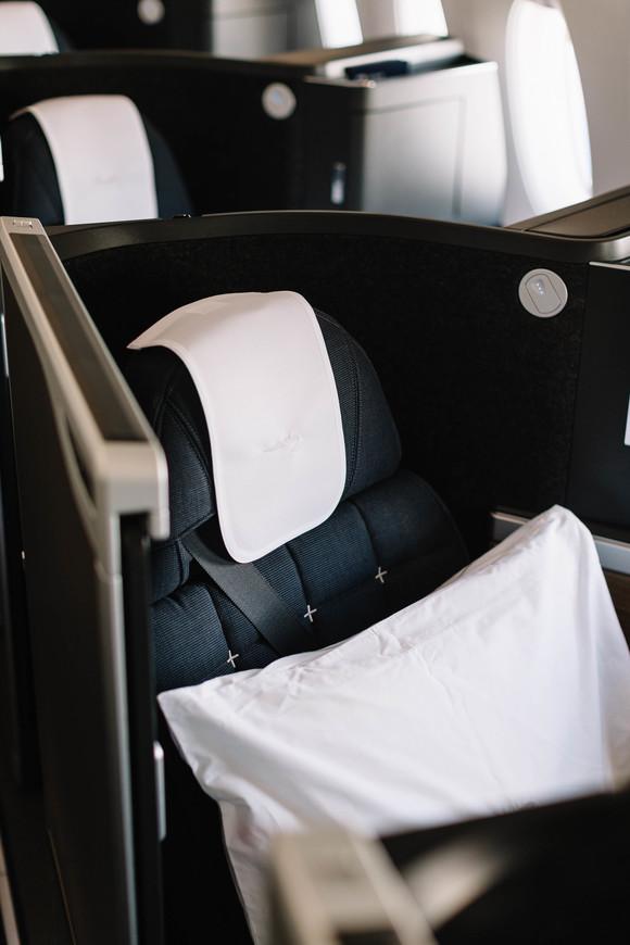 BA A350-1000 Club Suites