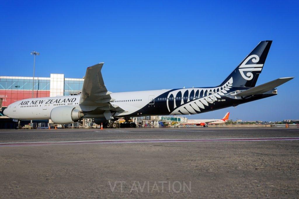 ZS-OKN, Boeing 777-300ER